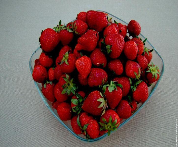 fraisesdansunplat.jpg